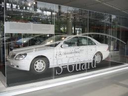 Vitrinen Mercedes Benz