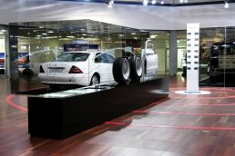 glass display cases showcases