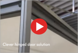 Video : clever hinged door solution for the Frank Showcase System