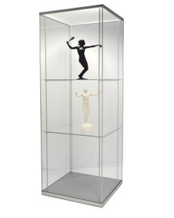 FRANK museum display solutions with shelving system